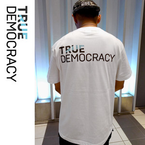 TRUE DEMOCRACY Tシャツ