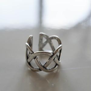 【アレルギー対応】Line Plait Ring (earcuff) イヤーカフ リング シルバー925  プレーティング 真鍮 12号 大人可愛い