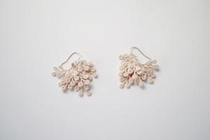 marub 02 / ecru / pierce / earring
