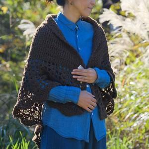 茶色い羊のポルトガル手編みショール(フリル)