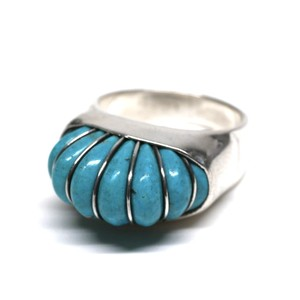 Vintage Mexican Turquoise Ring by Cerro Blanco