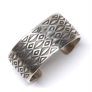 Navajo Old Style Stampwork Bangle by Calvin Martinez