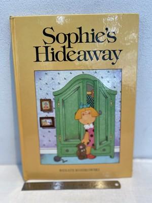 80's 洋書 pop-up book  Sophie's  Hideaway