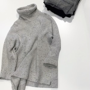 FIRMUM 【フィルマム】 MIDDLE GAUGE WOOL QUARTER KNIT High-necked cut & sewn