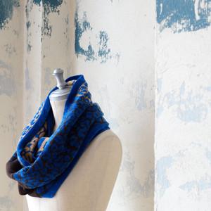 アンゴラ混ニットスヌード 冬の青いスヌード *boussole(ブソル)