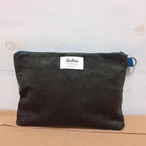 【受注生産】Corduroy clutch bag - Dark green ※発送はお支払後2~3週間程度