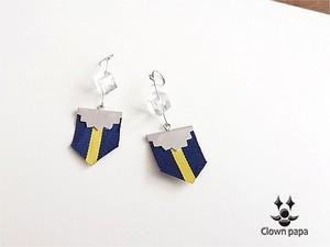ハンドメイドアクセサリー シンプルデザイン藍と黄のストライプ涼しい夏色ピアス フラッグⅡ clown-papa|MADE IN JAPAN|みんるー商店