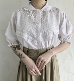 90's vintage cutwork lace blouse.