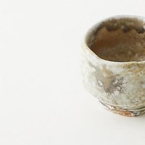 橋本誠 作 伊賀 ぐいのみ(桐箱付) Sake cup by Makoto Hashimoto