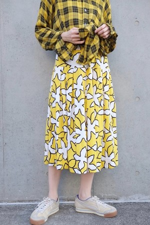 canaria skirt.