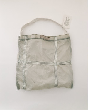 Vintage Parachute Light Bag White(PUEBCO) ヴィンテージ パラシュートバッグ