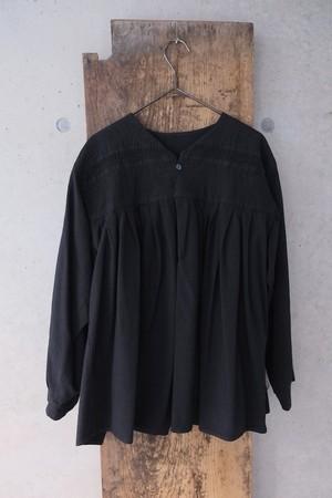 vintage/ k u r o blouse.