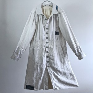 End of 19th Century Hand woven Pure Linen French Antique Paysan Chore Worker  Smock Coat