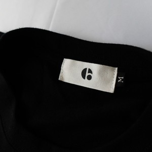1002 ブランドロゴ ロングTシャツ