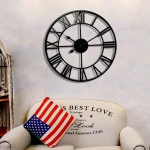 大きなアイアンフレーム アンティーク 雑貨  壁掛け時計  アンティークデザイン アメリカンクロック ウォールクロック