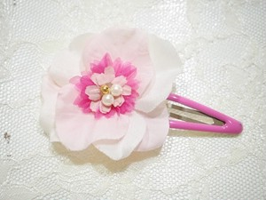 cute pink snap hair clip