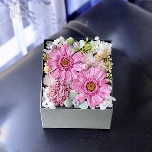 プリザーブドフラワー BOX(Pink)