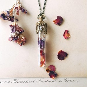 Bottle pendant -Rose petal-