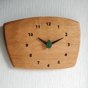 ブラックチェリー 森の掛け時計