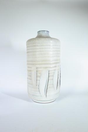 少し大きい花瓶