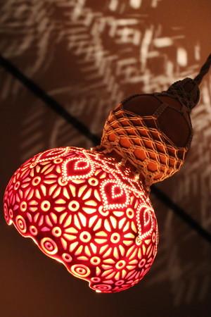 天井ペンダントひょうたんランプ 麻柄透かし彫り