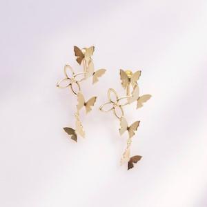 自由な蝶(蝶,花)イヤリング/片耳