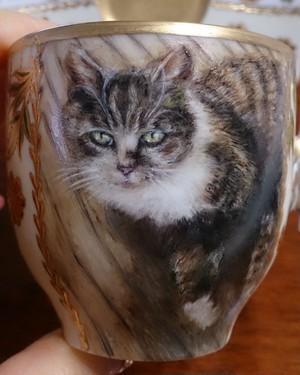 絵と装飾は一例です。オーダー猫・犬の絵のカップ&ソーサー