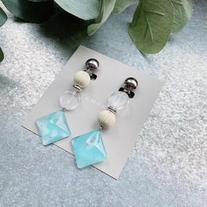 """ Earrings NO.danoan-61″ マーブルペイントとマットメタルビーズ"
