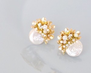 【予約販売】Fleur white shell pierce/earring
