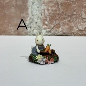 KUKKOO「にんじん畑のうさぎさん」オブジェ