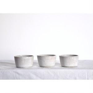 うつわ屋まる【カップ(S)- 糠白 -】hand made / 笠間焼 / japan / 小鉢