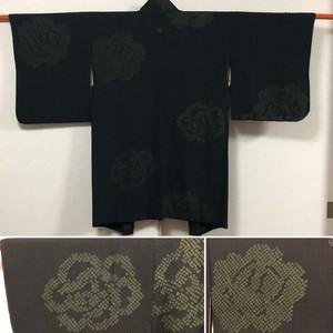 アンティーク羽織 黒羽織 一つ紋 仕立て上がり 中古 絞り 身丈92.5cm 裄64cm