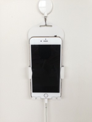 iPhone8対応 壁掛けホルダー〚特許取得商品〛