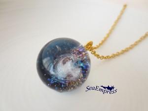銀河と煌く宇宙な玉ネックレス