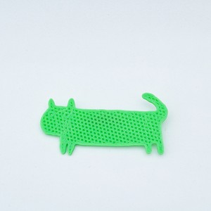 Lazy Plastic Brooch #4