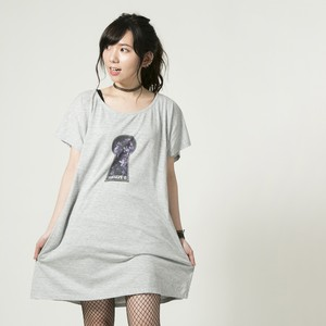 Keyhole One-piece Gray