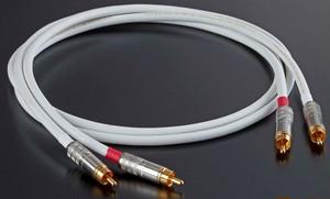 ◆AET(エーイーティー) EVO0605SHRH RCA/1.5mペア【RCAインターコネクトケーブル】 ≪定価表示≫お得な販売価格はお問い合わせ下さい!!