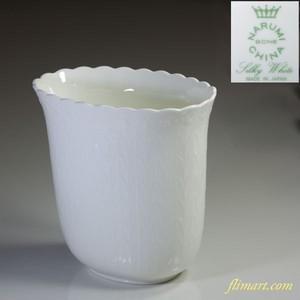 ナルミシルキーホワイト花瓶T1354
