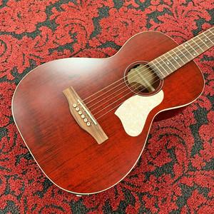【NEW】Art & Lutherie《Roadhouse / Tennessee Red》