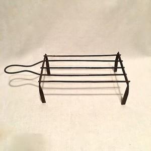 錆びた鉄の台