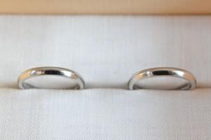 結婚指輪 Pt950 / 山型 / 鏡面仕上げ