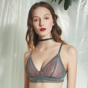 【Bras】Europe and the United States Ultra thin lace wire none non-wired-bras