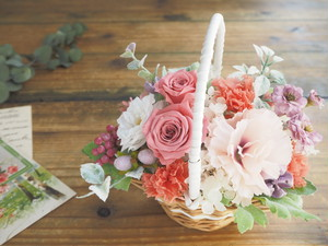 Panier de  Saumon rose* サーモンピンクの花かごナチュラルアレンジ*プリザーブドフラワー*花*ギフト