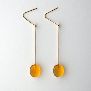 """""""UNKEI"""" Amber hook earrings"""