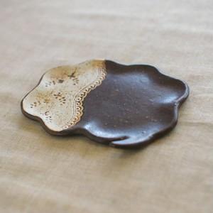 ふきだし豆皿・花音(チョコ)
