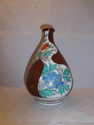 伊万里牡丹大徳利 Imari porcelain sake bottle(peony)