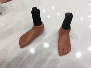 めがねの足