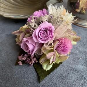5種類のお花のコサージュ