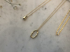 drop gold necklace