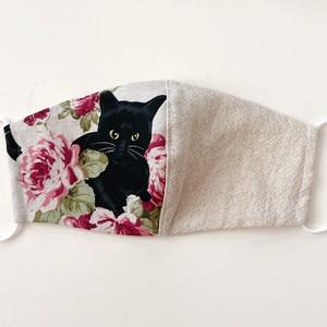 《ノーズワイヤー入り立体マスク》黒猫と薔薇⑤白×白
